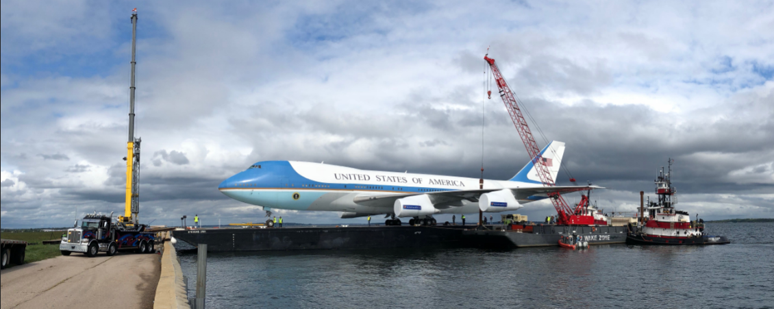 Air Force One-like 747